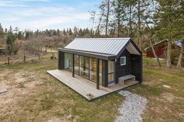 Дачный домик и пристрой к дому